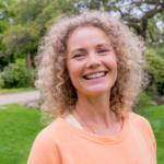 Yogaterapeutisk seance med Ditte Bykærholm Nielsen med fokus på sanselighed, medfølelse og empati